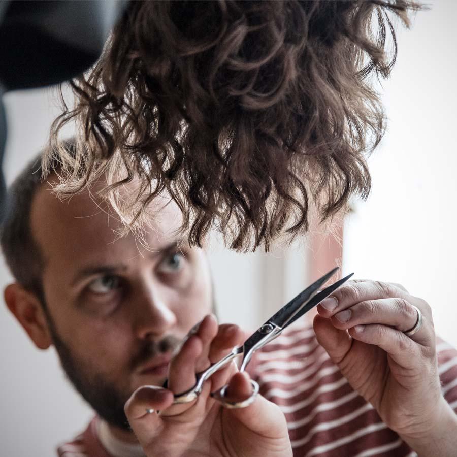 Curl By Cut