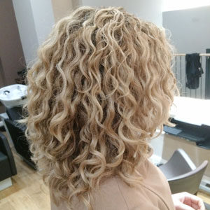 Spring The Uk S First Dedicated Curly Hair Salon